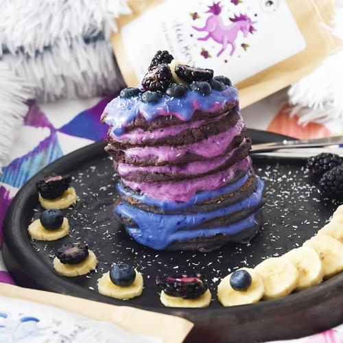Unicorn Superfood acai poeder rainbow pannekoeken